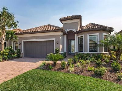Naples Single Family Home For Sale: 8534 Palacio Ter N