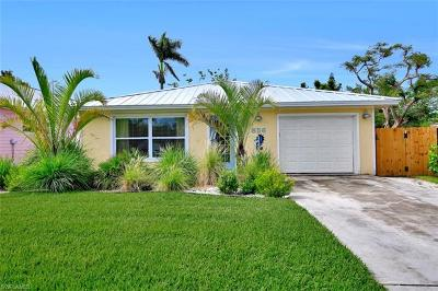 Naples Single Family Home For Sale: 856 98th Ave N