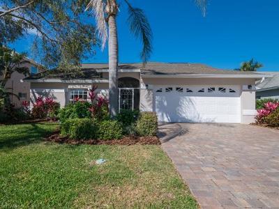 Naples  Single Family Home For Sale: 10951 Fieldfair Dr