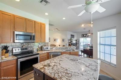 Estero Condo/Townhouse For Sale: 3737 Pino Vista Way
