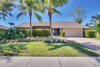 Naples Single Family Home For Sale: 2524 Kings Lake Blvd