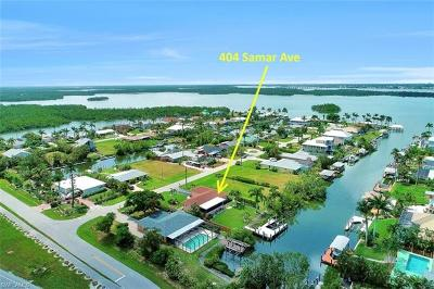 Isles Of Capri Single Family Home For Sale: 404 Samar Ave