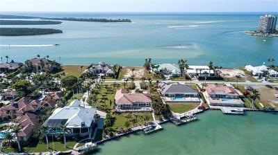 Marco Island Single Family Home For Sale: 1410 Caxambas Ct