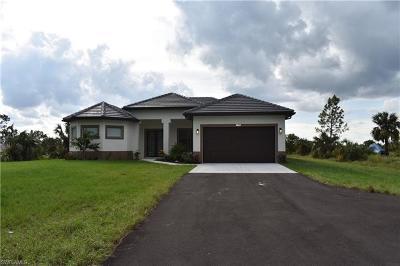 Naples  Single Family Home For Sale: 2340 27th Ave NE