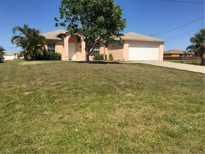 Cape Coral Single Family Home For Sale: 2103 SW Embers Ter