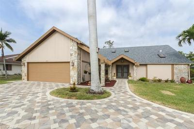 Naples Single Family Home For Sale: 2291 Queens Way