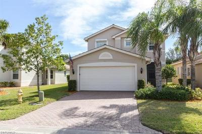 Fort Myers Single Family Home For Sale: 10555 Carolina Willow Dr