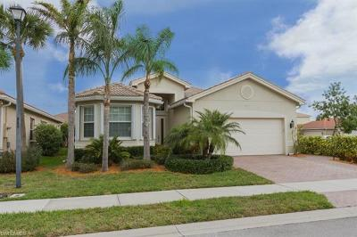 Fort Myers Single Family Home For Sale: 10407 Spruce Pine Ct