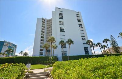 Naples Condo/Townhouse For Sale: 3951 Gulf Shore Blvd N #1005