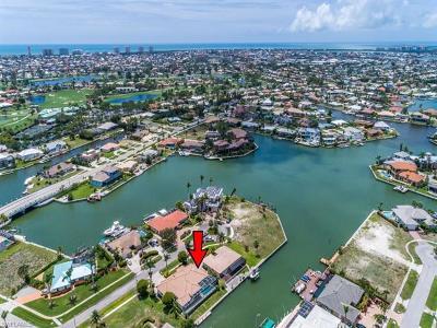 Marco Island Single Family Home For Sale: 467 Tarpon Ct