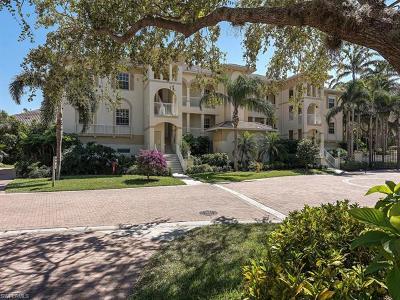 Naples Condo/Townhouse For Sale: 700 Bentwater Cir #1-101