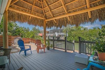 Fort Myers Beach Single Family Home For Sale: 3597 Shell Mound Blvd
