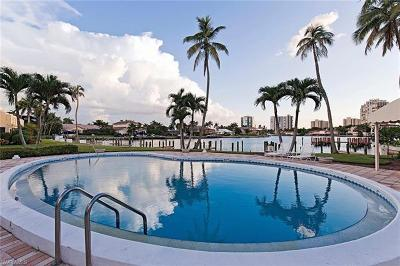 Naples FL Condo/Townhouse For Sale: $895,000