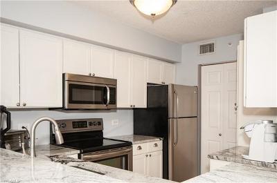 Bonita Springs Condo/Townhouse For Sale: 8861 Colonnades Ct W #213
