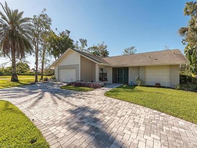 Naples Single Family Home For Sale: 2232 Buckingham Ln