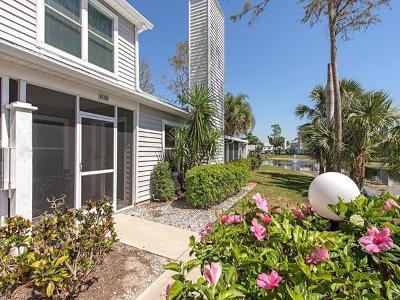 Naples FL Condo/Townhouse For Sale: $274,500