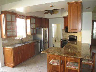 Naples Single Family Home For Sale: 3206 Benicia Ct