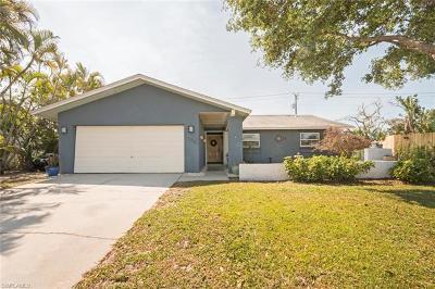 Naples Single Family Home For Sale: 1184 Lake Shore Pl