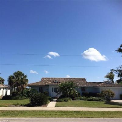 Marco Island Single Family Home For Sale: 1234 Jamaica Rd