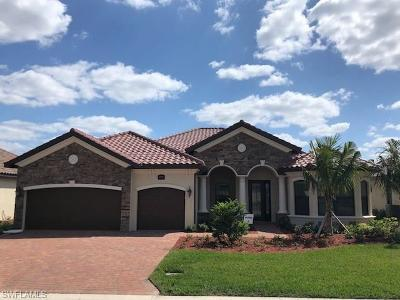 Bonita Springs Single Family Home For Sale: 17131 Cherrywood Ct