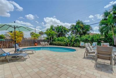 Naples Single Family Home For Sale: 636 96th Ave N