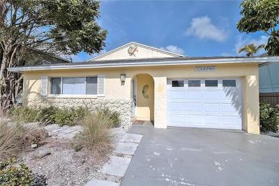 Single Family Home Sold: 1278 Venetian Way
