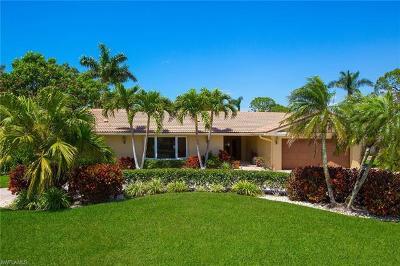 Park Shore Single Family Home For Sale: 715 Parkview Ln