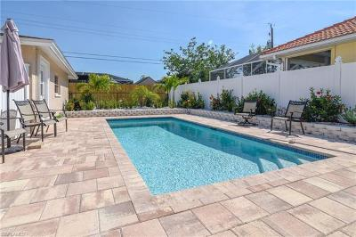 Naples Single Family Home For Sale: 616 104th Ave N