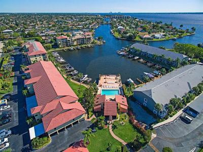 Cape Coral Condo/Townhouse For Sale: 4647 SE 17th Pl #304