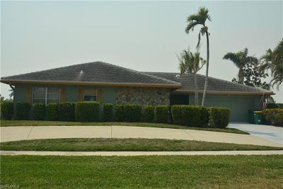 Marco Island Single Family Home For Sale: 380 Rookery Ct