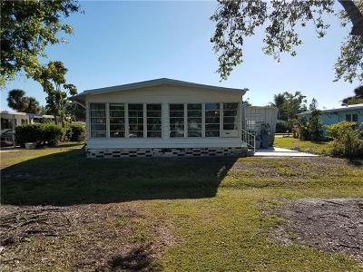 Goodland, Marco Island, Naples, Fort Myers, Lee Mobile/Manufactured For Sale: 608 Charlemagne Blvd