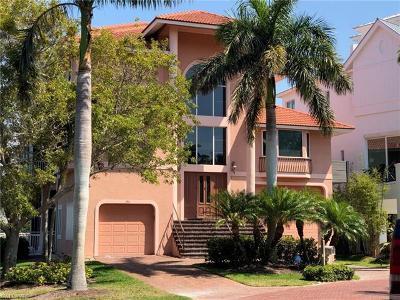 Bonita Springs Single Family Home Pending With Contingencies: 195 Bayfront Dr