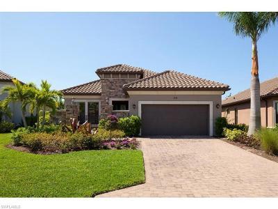Naples Single Family Home For Sale: 9594 Campanile Cir