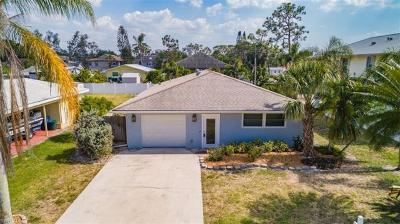 Bonita Springs Single Family Home For Sale: 4465 Mariner Rd