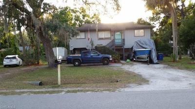 North Fort Myers Single Family Home For Sale: 1589 Francis St