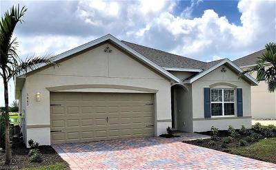 Cape Coral Single Family Home For Sale: 3447 Manatai Ct