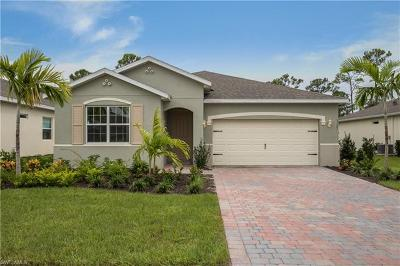 Cape Coral Single Family Home For Sale: 3127 Amadora Cir