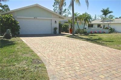 Naples Single Family Home For Sale: 672 Pompano Dr