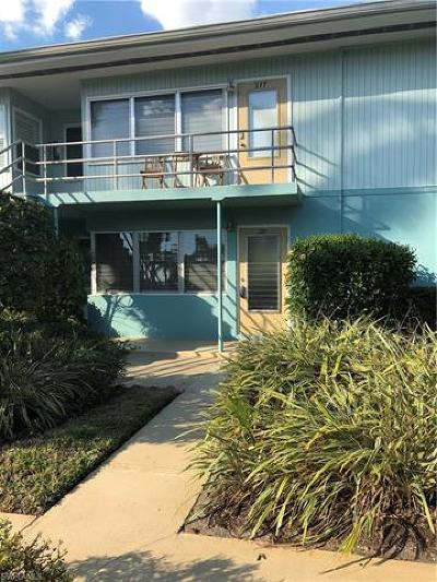 Naples FL Condo/Townhouse For Sale: $315,000