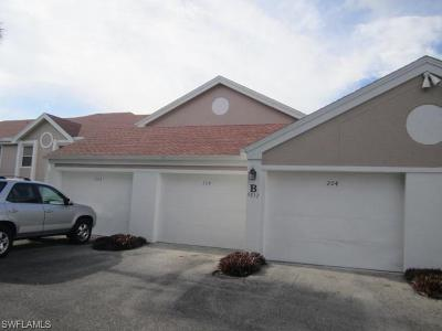 Naples Condo/Townhouse For Sale: 9852 Luna Cir #B-104