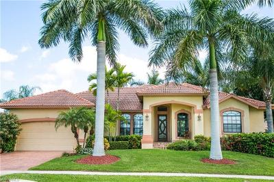 Marco Island Single Family Home For Sale: 1778 Wavecrest Ct