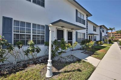 Marco Island Condo/Townhouse For Sale: 761 W Elkcam Cir #B109
