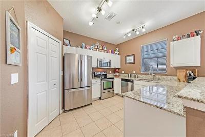 Naples Single Family Home For Sale: 7500 Bristol Cir