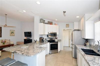 Bonita Springs Condo/Townhouse For Sale: 28063 Dorado Dr