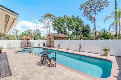 Bonita Springs Single Family Home For Sale: 4665 Del Rio Ln