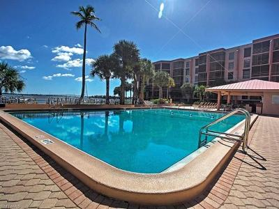 Marco Island Condo/Townhouse For Sale: 1085 Bald Eagle Dr #F206