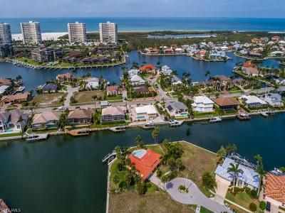 Marco Island Single Family Home For Sale: 507 Bradford Ct