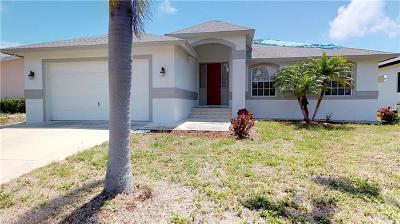 Marco Island Single Family Home For Sale: 224 Bermuda Rd