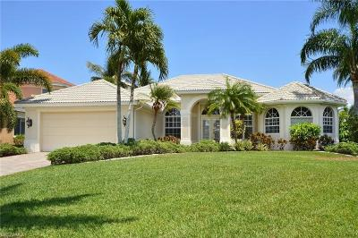 Cape Coral Single Family Home For Sale: 5509 Lancelot Ln