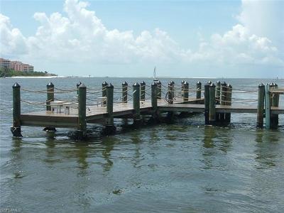 Naples Condo/Townhouse For Sale: 60 Pelican St W #304